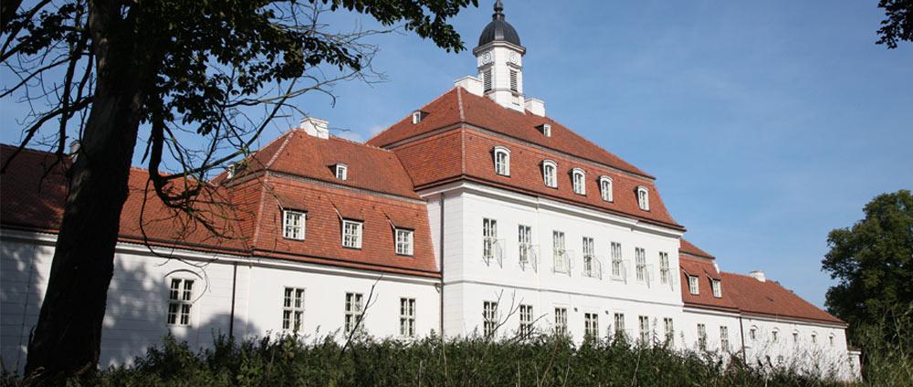 Haupt- und Landgestüt (BHLG) | Neustadt,Dosse